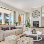Villa Olivier - Living area & Fire place