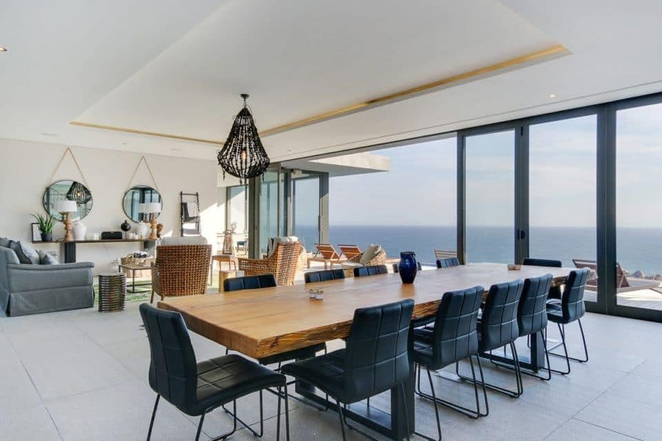 13 Fisherman Bend - Formal dining area