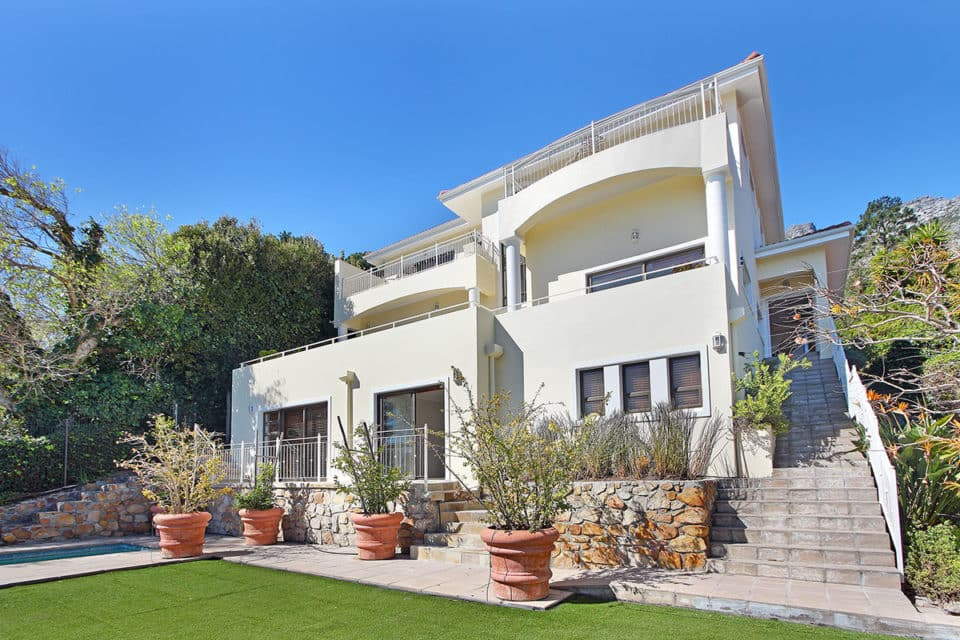 camps-bay-villa-45086968
