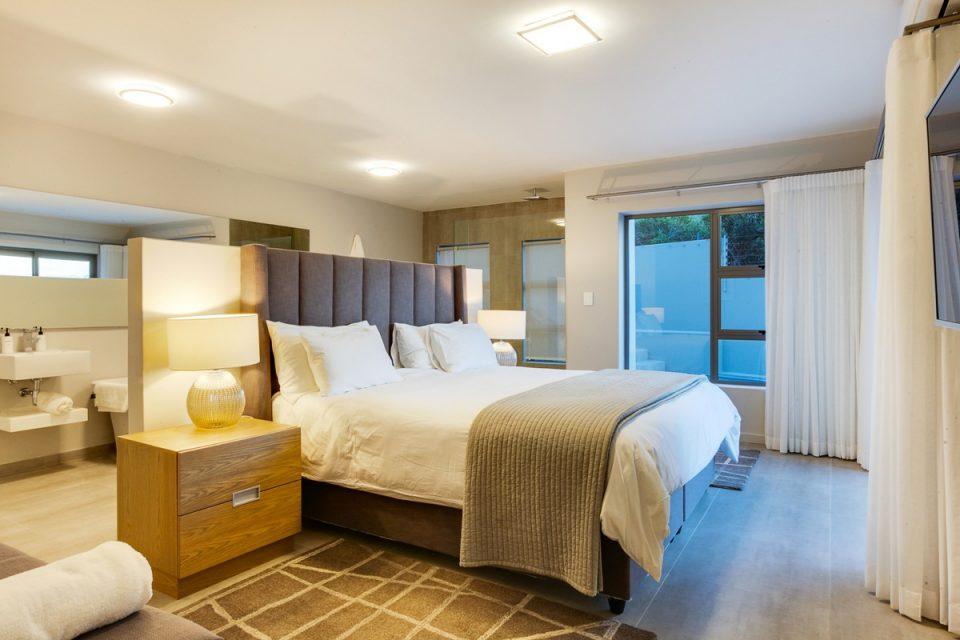 Apostle's Edge - Second bedroom