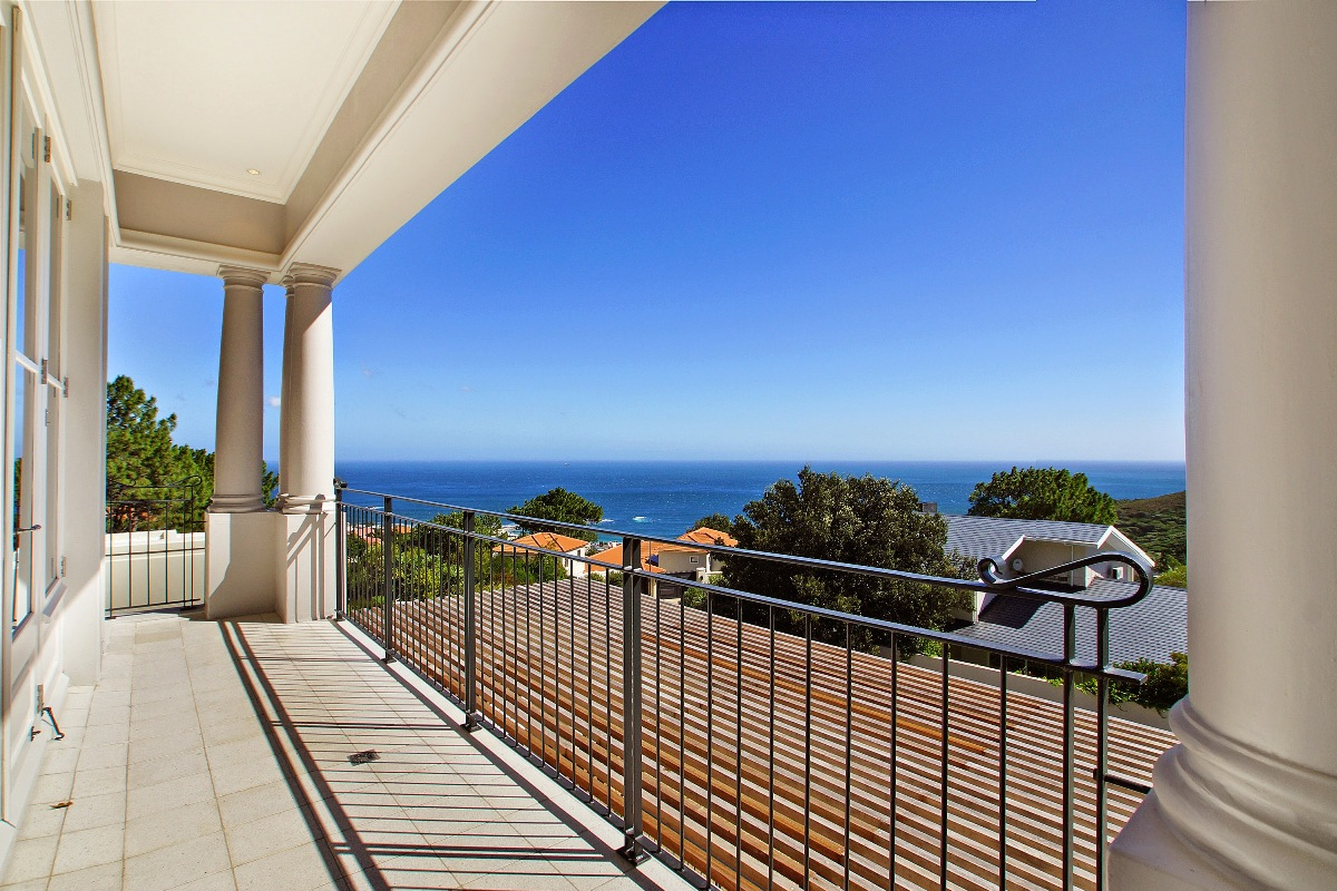 Icon Olivia Holiday Rental In Camps Bay