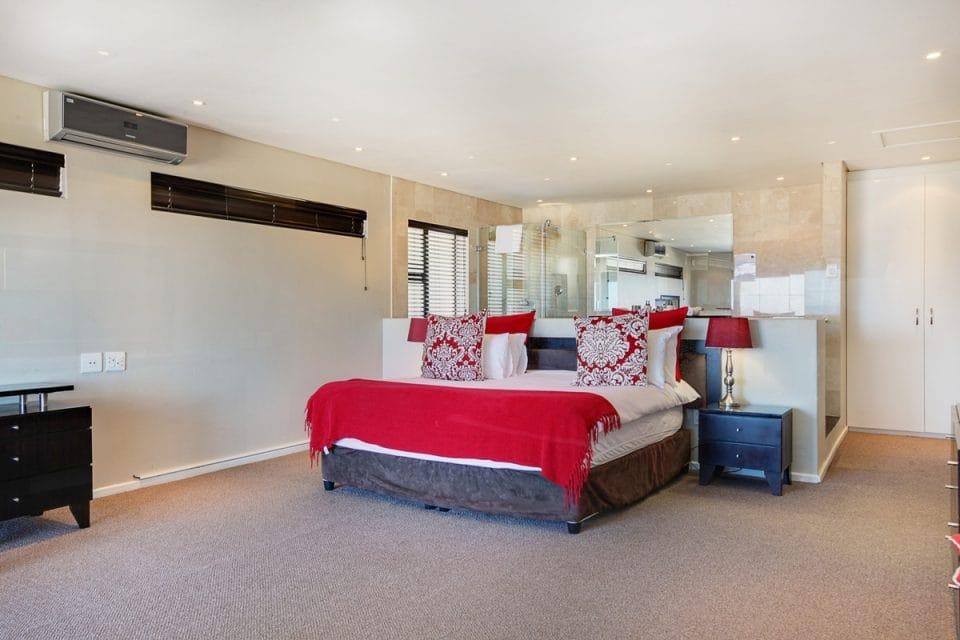 Bakoven Blue - Master bedroom