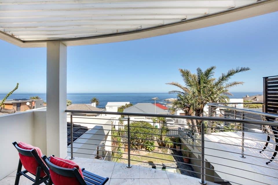 Bakoven Blue - Balcony & View