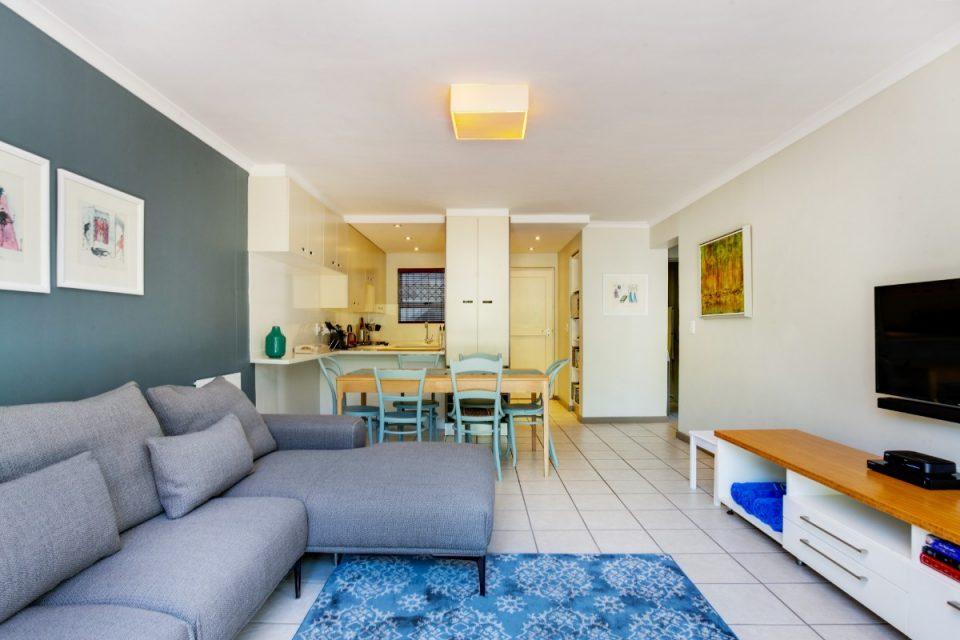 Sutton Place - Open plan living area
