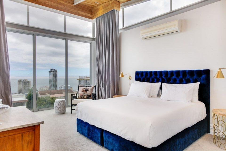 Cube 62 - Master Bedroom