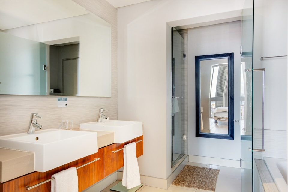 Harbour Bridge 417 - En-suite