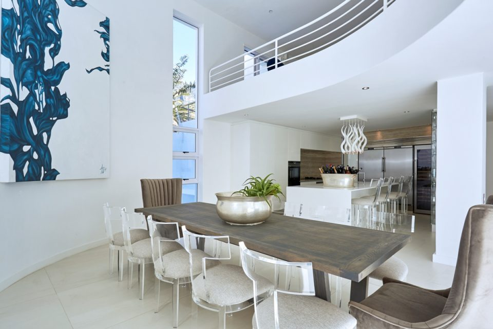 Beta Beach - Dining & Kitchen