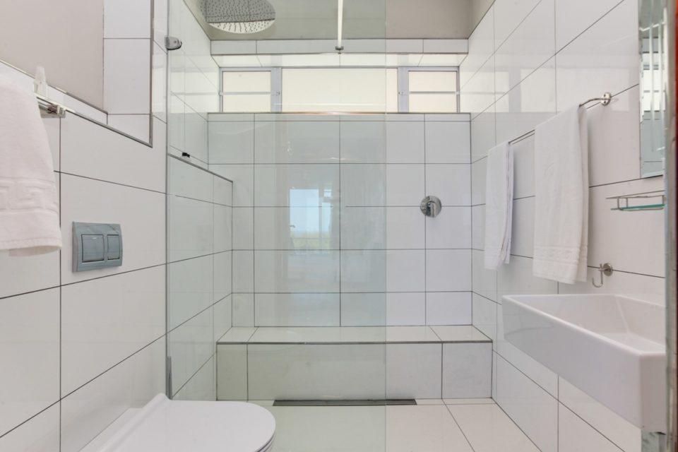 Driftwood - Bathroom