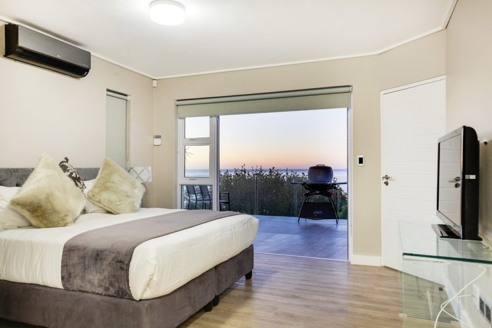 Houghton Views - Master bedroom with views