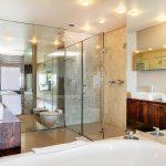 Rhapsody - En suite bathroom