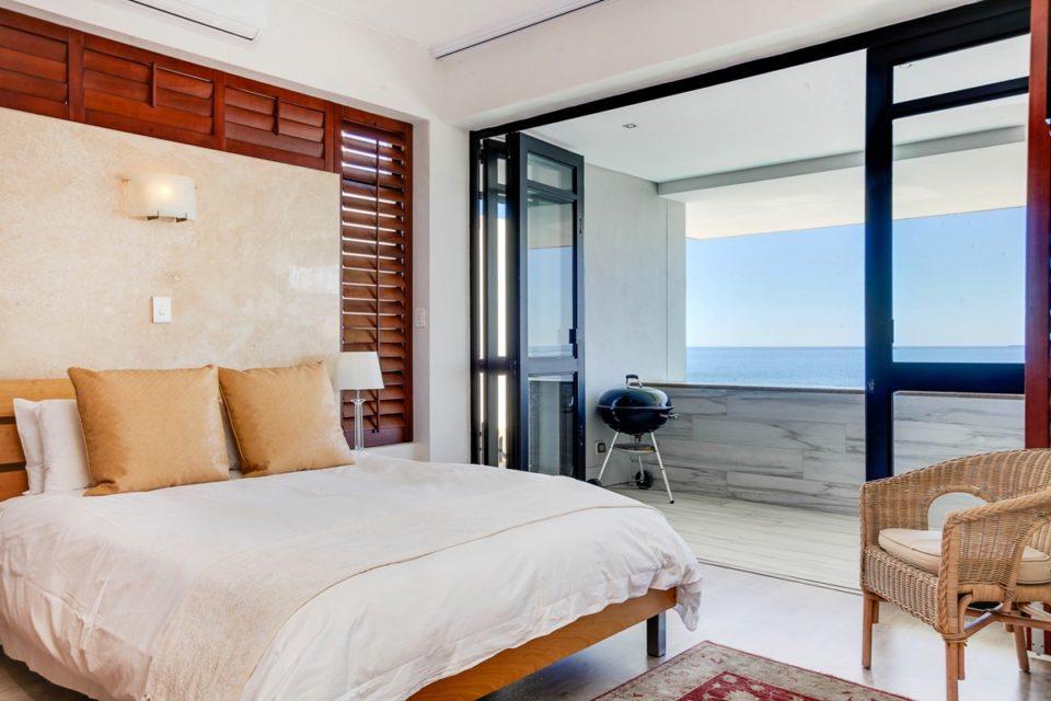 Bali Luxury Suite E - Master bedroom