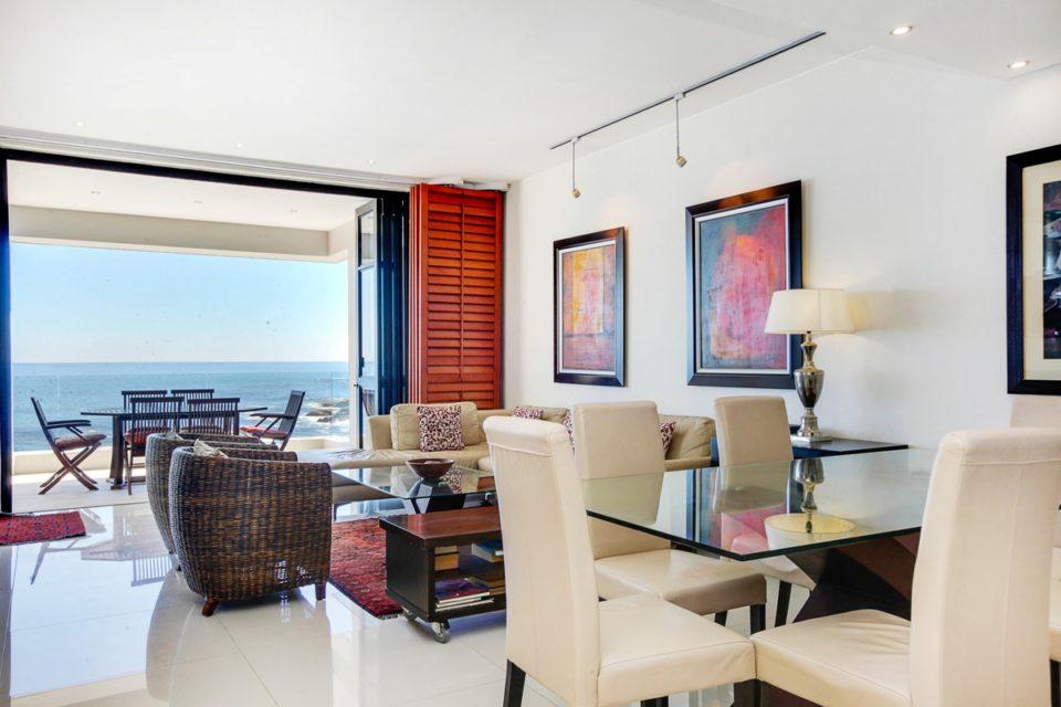Bali Luxury Suite E - Dining area