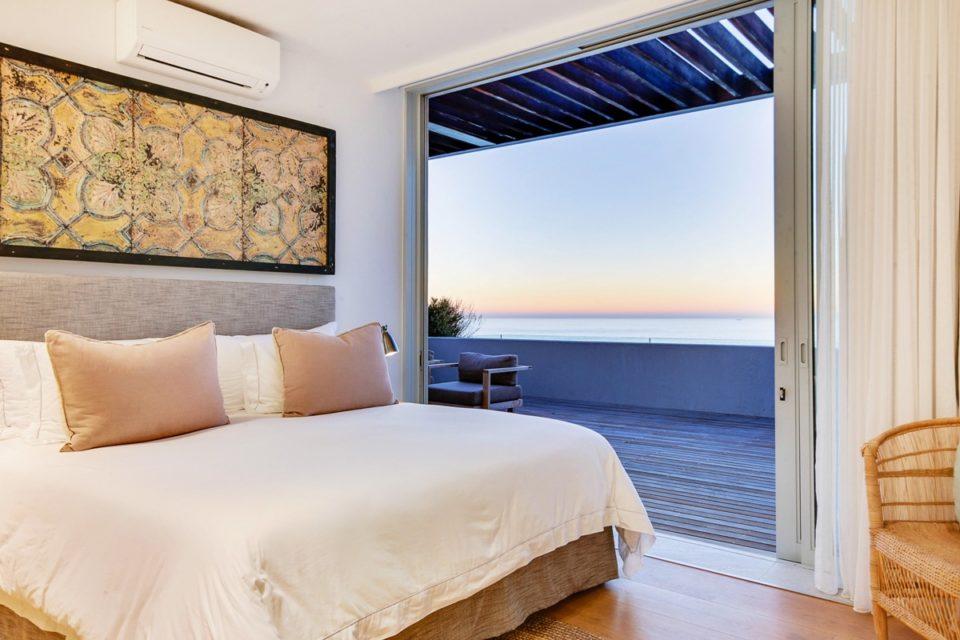 Topaz - Second bedroom & Views