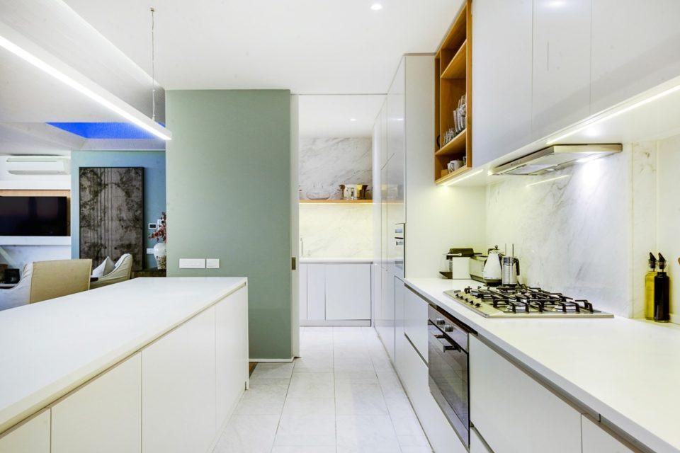 Topaz - Kitchen