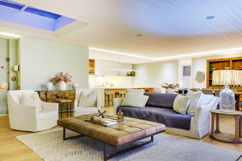 Topaz - Living & Kitchen area