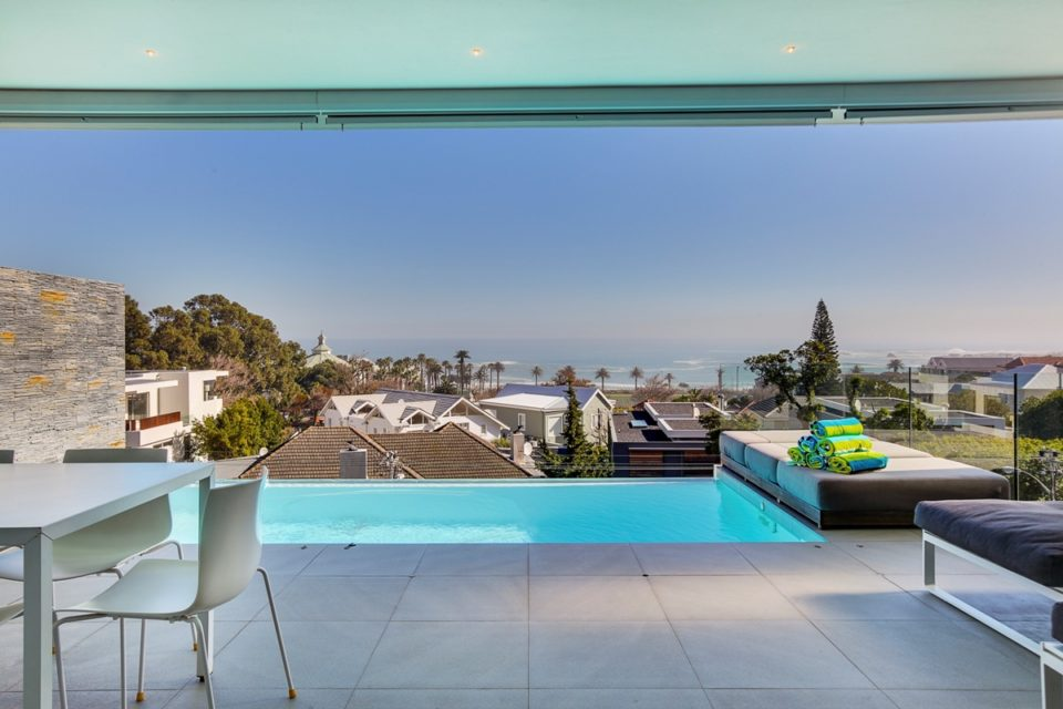 Habrok - Pool & Views
