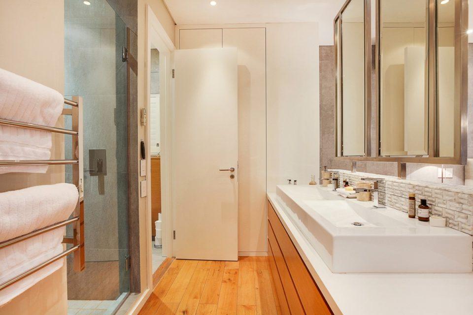 Happy Days - En-suite to second bedroom