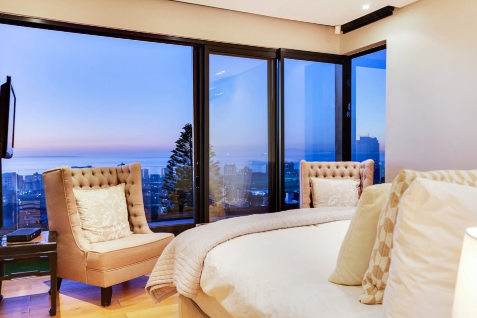 Happy Days - Master bedroom with views