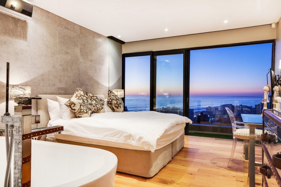 Happy Days - Second bedroom