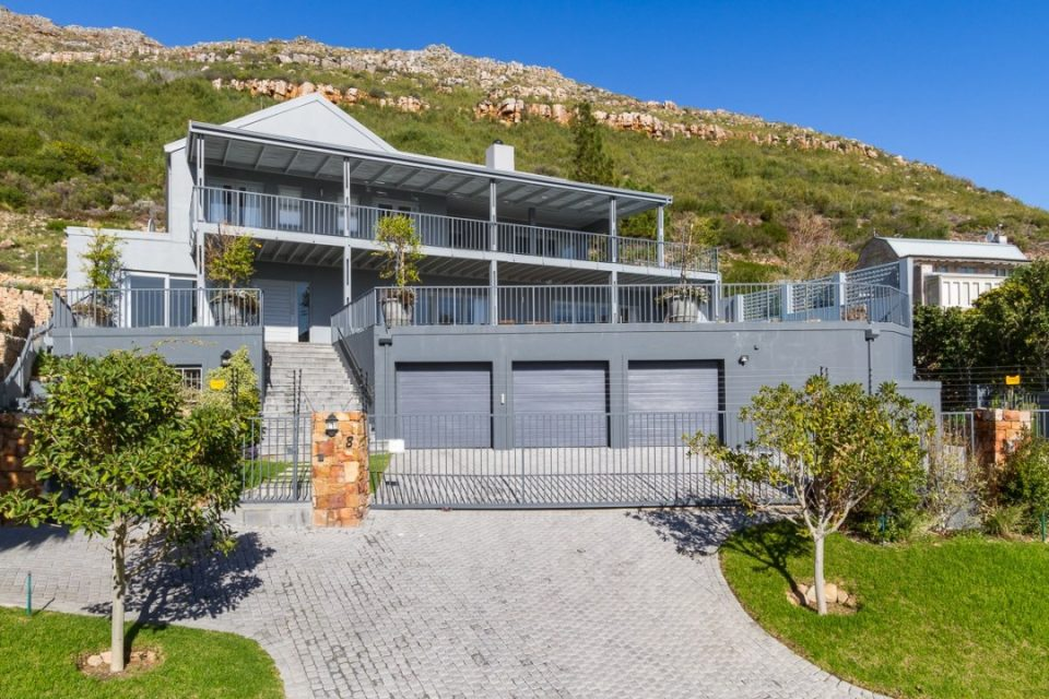 hillcrest-villa-0-82957846