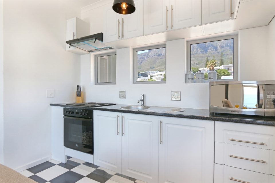 Indigo Bay - The Bay - Kitchen