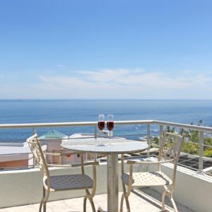 Indigo Bay - The Penguin - Balcony seating & Views