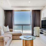 Malachite - TV lounge