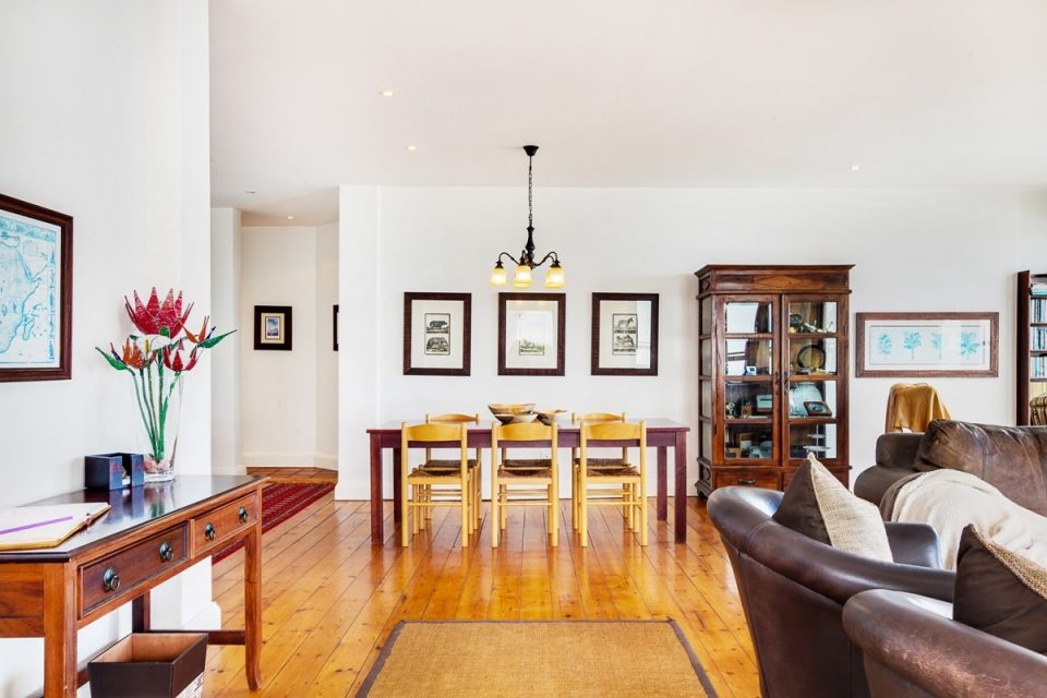 Camps Bay Terrace Lodge - Open plan living