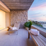 Lillamton - Balcony & seating with View