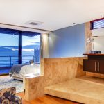 Lions' Crest - Second bedroom & En-suite