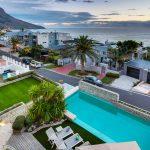 Lions' Crest - Swimmingpool / Garden & Views