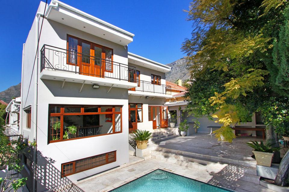 buxton-villa-90852314