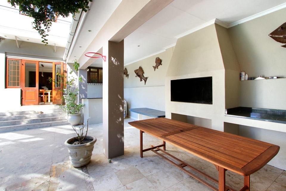 buxton-villa-90852317