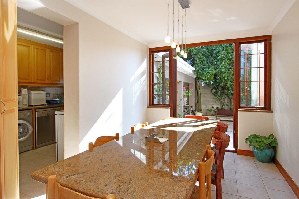 buxton-villa-90852328