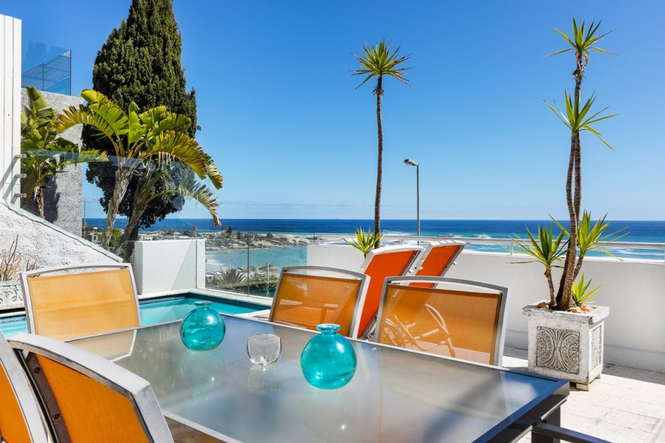 Kalimera - Outdoor dining & ocean view