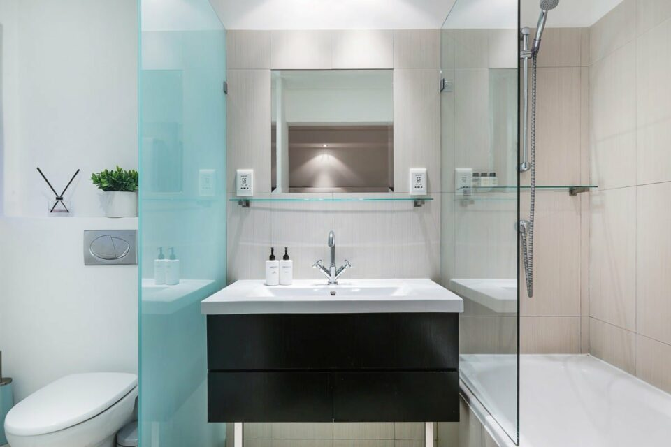 Atlantic Spray - En-suite to master
