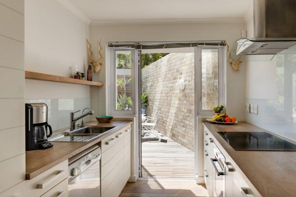 Beach Steps - Kitchen