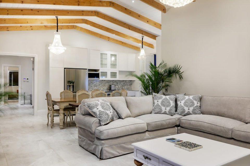 Castle Rock - Lounge