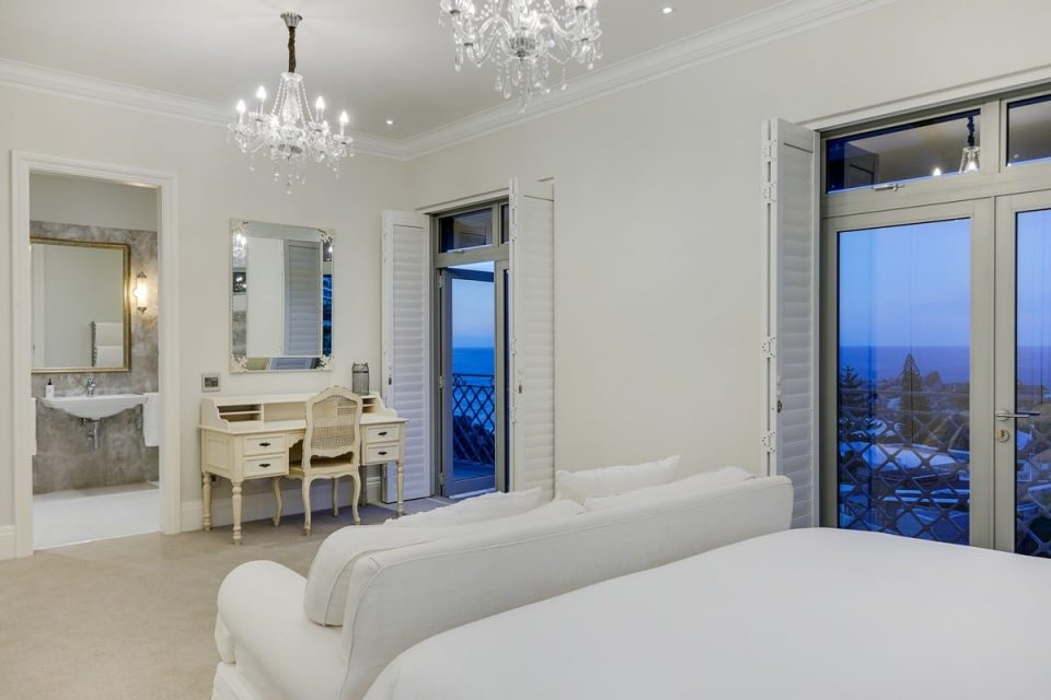 Castle Rock - Fifth bedroom views
