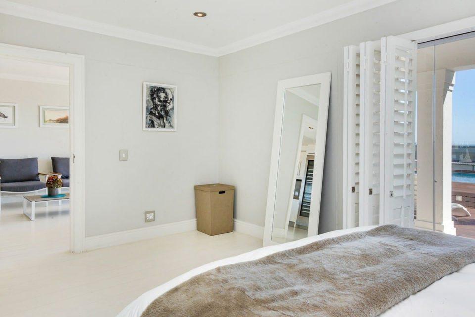 Medburn Alcove - Second bedroom