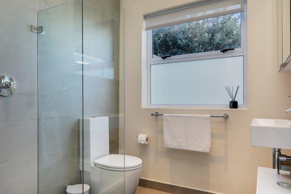Cape Gray - View 2 - Second bathroom