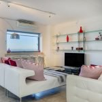 Dunmore Place - Lounge with TV