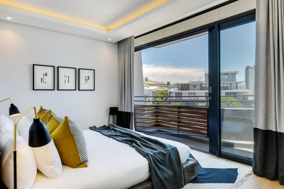 Penthouse on S - Master bedroom