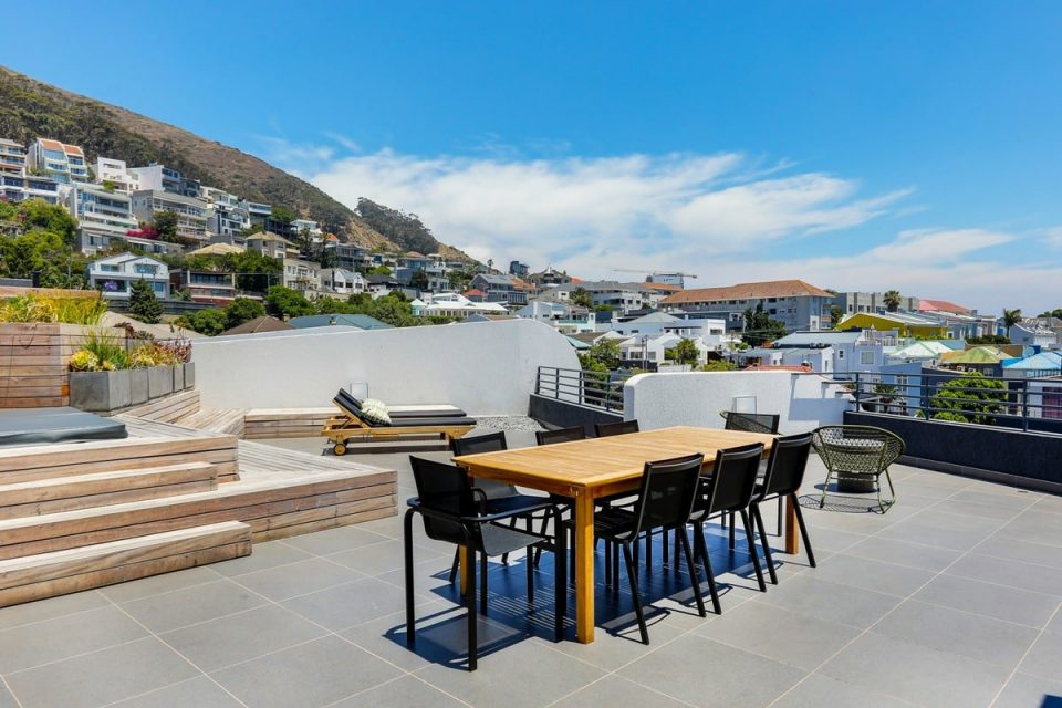Penthouse on S - Outdoor dinind