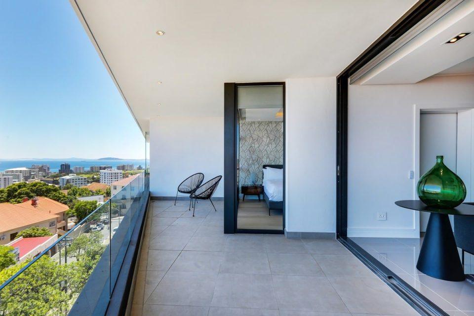 Solis 402 - Balcony