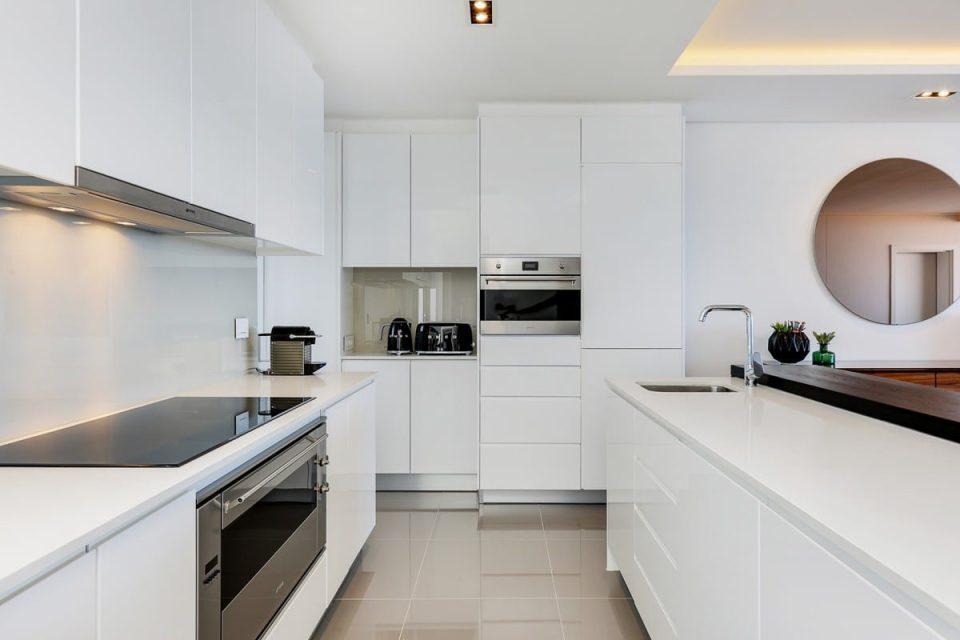 Solis 402 - Kitchen