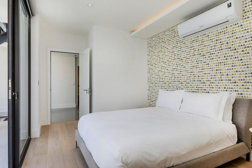 Solis 402 - Second bedroom