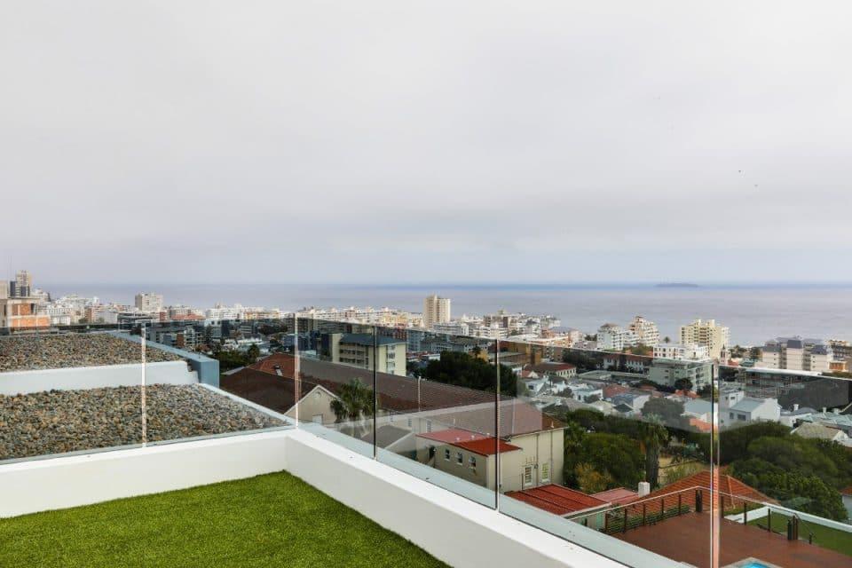 penthouse-on-b-129087479