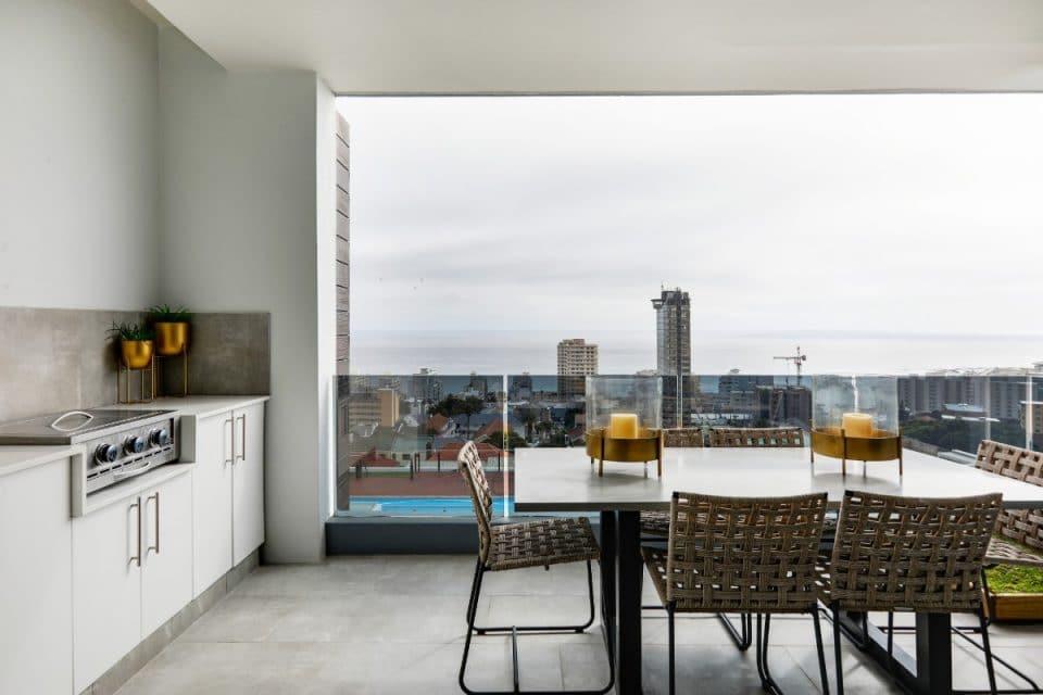 penthouse-on-b-129087489