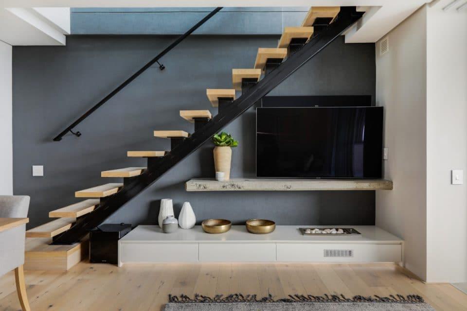 penthouse-on-b-129087502